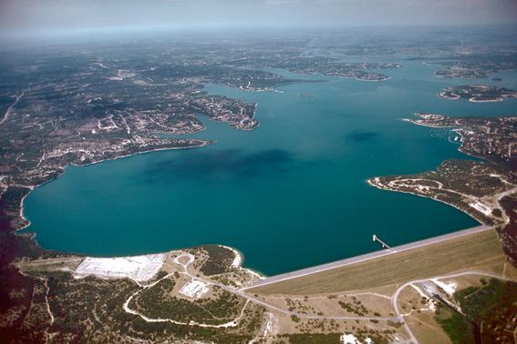 More Canyon Lake Public Boat Ramps Closing Due To Lower